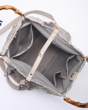 Gray ペーパー素材バンブーハンドルバッグを見る
