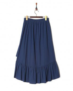 ネイビーブルー 裾フリルフレアースカートを見る