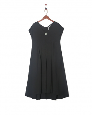 ブラック BIG SHELL BUTTON LONG DRESSを見る