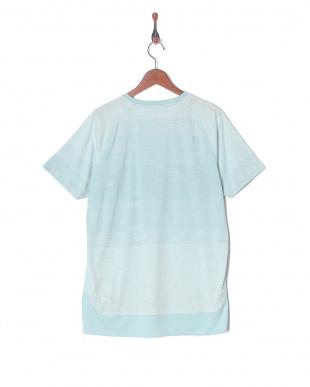 LIGHT SKY N.R.G. テック SS Tシャツを見る