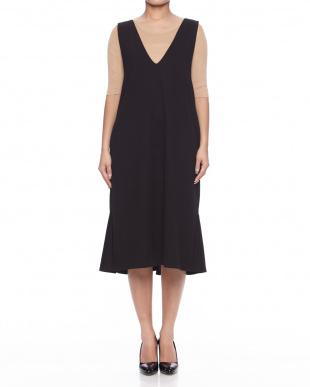 C.GRAY 裾フリルジャンパースカートを見る