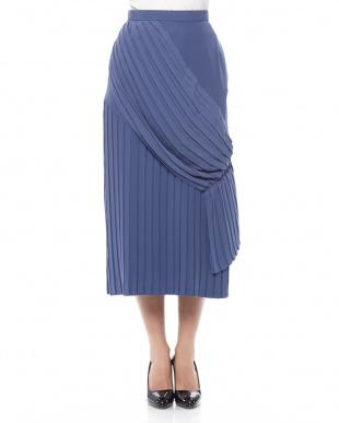 BLUE ヴィニクンカプリーツスカートを見る
