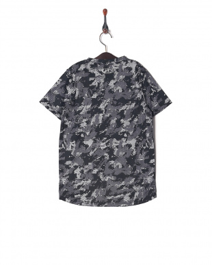 BLK/SIL UA TECH YOUTH SS CAMOを見る