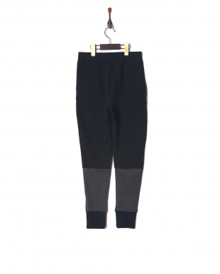 BLACK /  / WHITE UA Double Knit Tapered Pantを見る