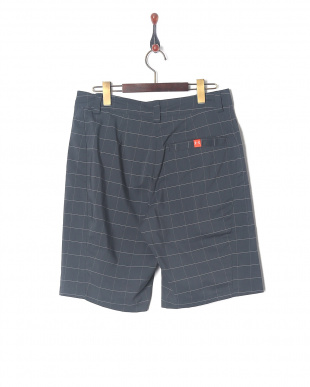 STEALTH GRAY/PHOENIX FIRE/OVERCAST GRAY UA TURF & TIDE SHORTを見る