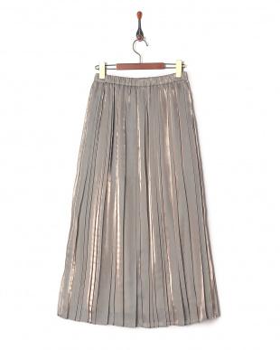 グレー 6: スカートを見る