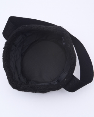 F01/BLACKXBLACK BCKT TOTE L W/Pを見る