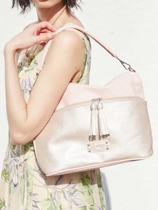 ピンク 【2WAY】タッセルデザインバッグ MK MICHEL KLEIN BAGを見る