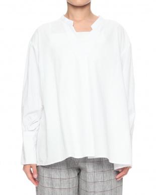 ホワイト タックギャザースリーブシャツ/Tを見る