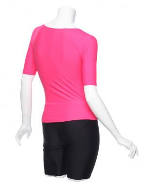 ピンク 帽子つき フィットネス補正水着 半袖タイプを見る