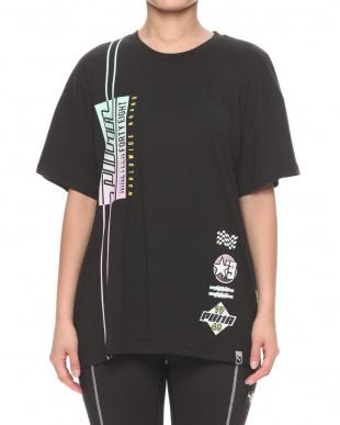 PUMA BLACK GRAPHICS ELONGATED SS Tシャツを見る