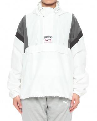 PUMA WHITE 90S RETRO ウーブン ヘッドスルー ジャケットを見る