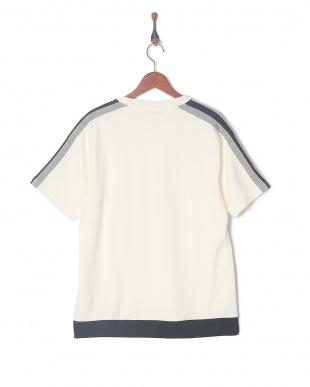 ホワイト ライトポンチTシャツを見る