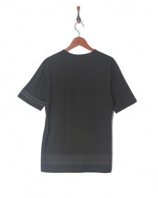 ブラック ネイティブTシャツ SSを見る