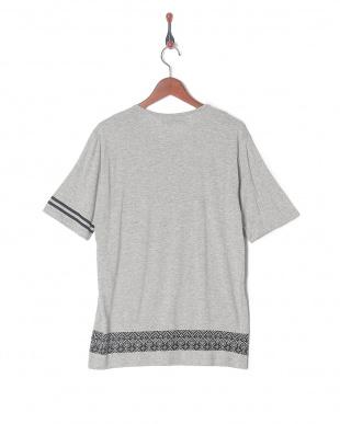グレー ネイティブTシャツ SSを見る