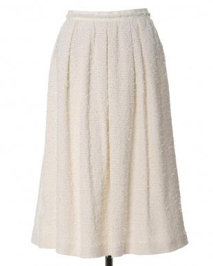 オフホワイト1 ミモレ丈Aラインスカート 7-ID concept.を見る