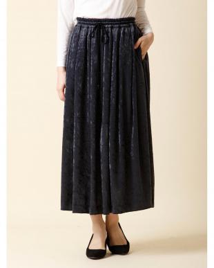 モスグリーン2 シャイニーベロアフレアスカート 7-ID concept.を見る