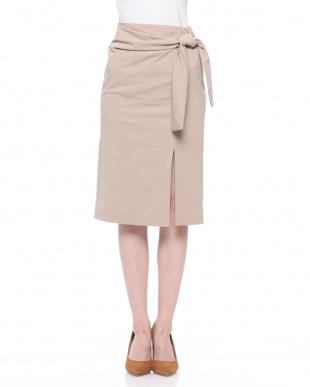 ボルドー ウエストマークタイトスカートを見る