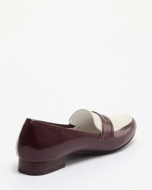 ワイン 靴(婦人)を見る