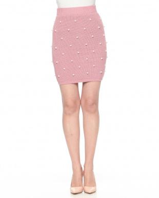 ピンク パールドットタイトスカートを見る