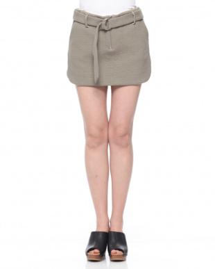 グリーン AERON ベルト付ミニスカートを見る
