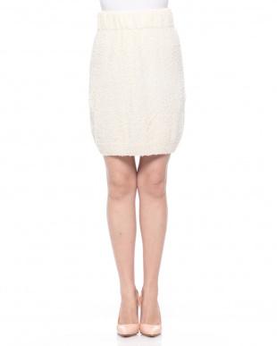 ホワイト パイル地タイトスカートを見る