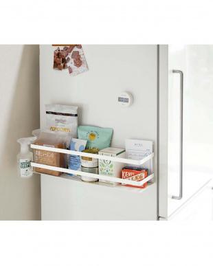 ホワイト 冷蔵庫横マグネットワイド収納ラック プレートを見る