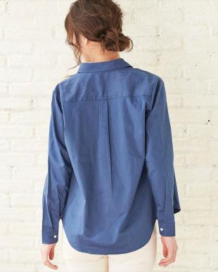 ブルー系  形態安定 ノーアイロン レギュラー衿デニムライクストレッチ長袖シャツを見る