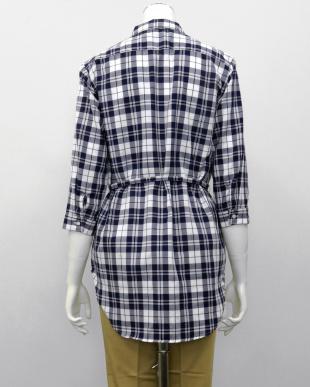 ブルー系  形態安定 ノーアイロン 七分袖 チュニック Wガーゼシャツ スキッパー衿 綿100% 白×ネイビーチェック(ウエスト紐付)を見る
