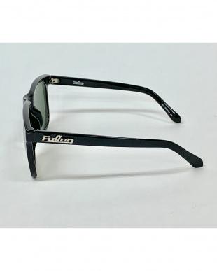 ブラック×スモークグレー 偏光サングラス FBL056-1を見る