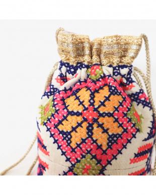 FLOWER  NAJA フラワー刺繍巾着バッグを見る
