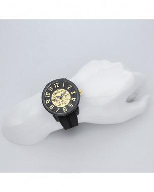 ブラック SPORT 腕時計を見る