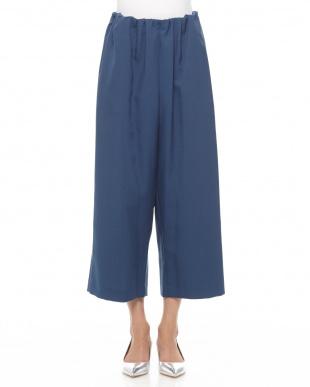 ブルー  7: パンツを見る