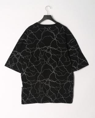 BLACK 半袖Tシャツを見る