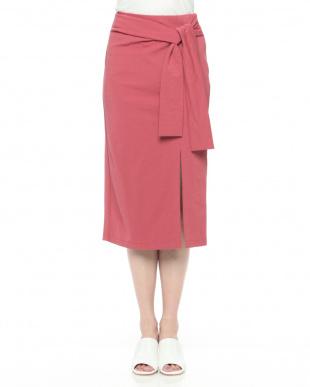 ピンク ウエストマークタイトスカートを見る