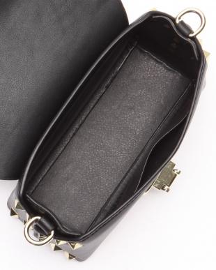 ブラック スタッズトリムミニショルダーバッグを見る