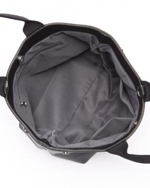 ブラック パールブラックスマイルバッグを見る