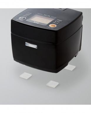 「耐震ゲル」  震度7対応/家電用/耐荷重70kg/4枚入りを見る