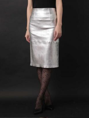 シルバー メタルレザータイトスカート IMPORTED TARA JARMONを見る