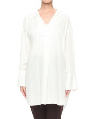 白 カミーノビエラシャツを見る