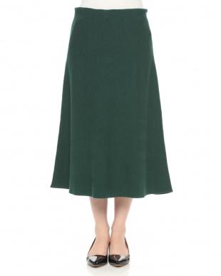 グリーン スカートを見る