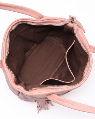 ピンク 手提げバッグを見る