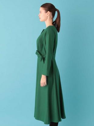 グリーン ウールピンタックドレス Sybilla を見る