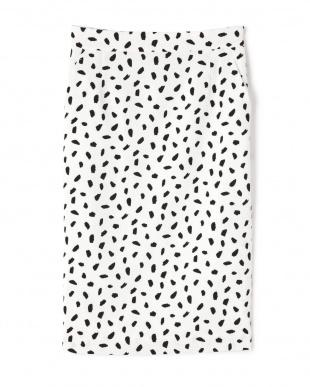 ホワイト地×ブラックアニマル1 アニマルプリントタイトスカート BOSCHを見る