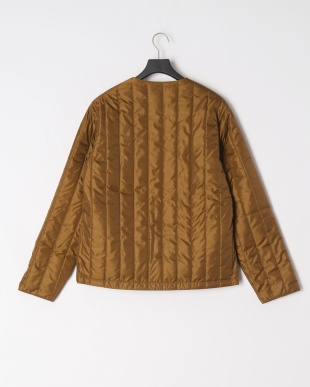 BROWN V-LAP QUILTED JACKETを見る