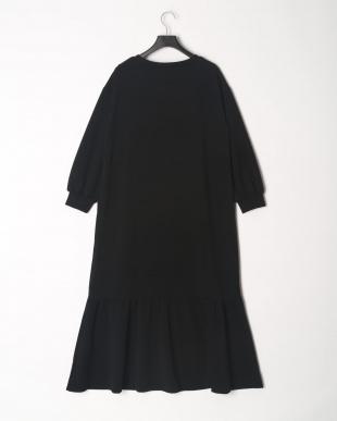 A サーマル裾フレアワンピースを見る