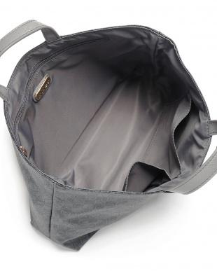 グレー モノグラムバッグインバッグを見る