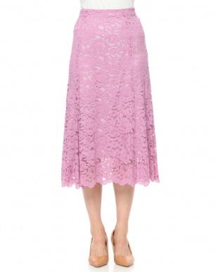 ピンク カラーレーススカートを見る