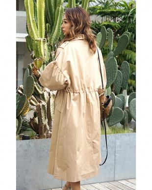 ベージュ Spring coatを見る