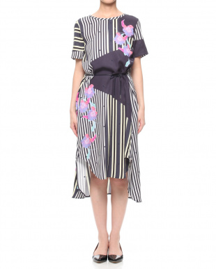 SAX EMBROIDERED STRIPED FLW DRESSを見る
